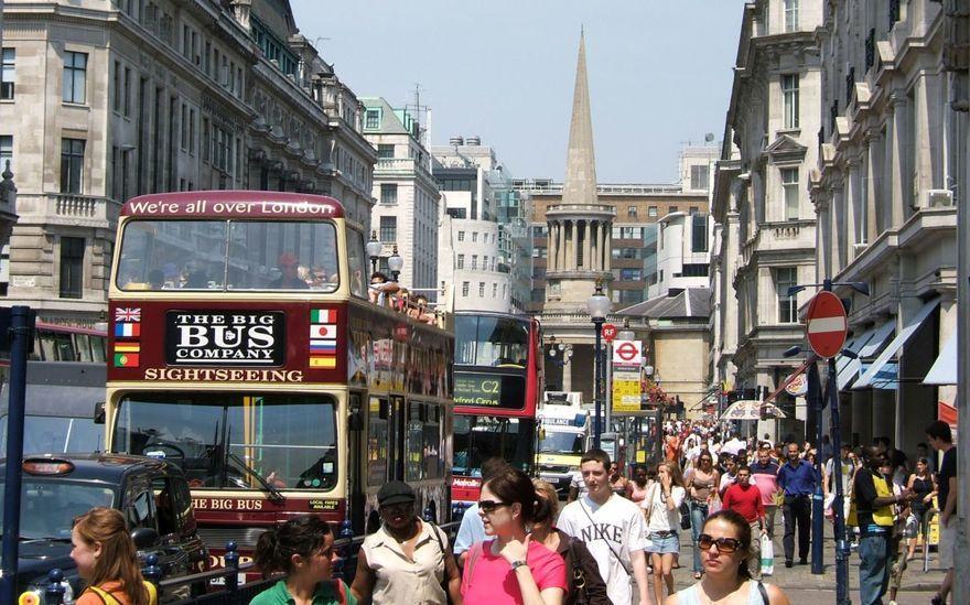 Концентрация населения в городах растет, от чего заводятся клопы в квартирах